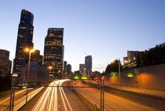 Seattle da baixa e tráfego Imagem de Stock Royalty Free