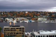 Seattle de stad in, de Unie van het Zuidenmeer royalty-vrije stock afbeeldingen
