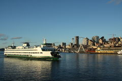 Seattle downtown, cruise ship Stock Images