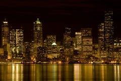 Seattle en la noche Imagen de archivo libre de regalías