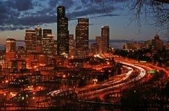 Seattle en la noche Imágenes de archivo libres de regalías