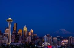 Seattle en zet Regenachtiger op stock fotografie