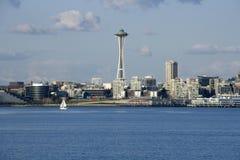 Seattle stadshorisont med utrymmevisaren Royaltyfri Foto