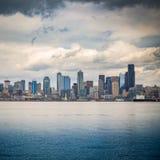 Seattle horisont från havet royaltyfri foto