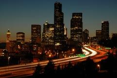 Seattle I-5 alla notte Fotografie Stock Libere da Diritti