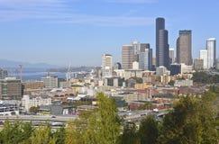 Seattle i stadens centrum modern byggnadshorisont Royaltyfria Bilder