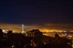 Seattle im Morgen-Nebel Lizenzfreie Stockbilder