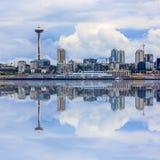 Seattle linia horyzontu, chmurny dzień Obrazy Royalty Free