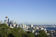 Seattle linia horyzontu z nabrzeżem fotografia royalty free
