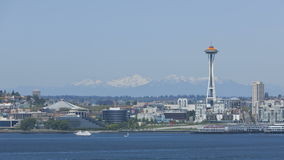 Seattle Mountains with Space Needle Royalty Free Stock Photography