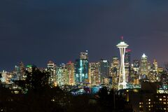 Seattle by night royalty free stock photos