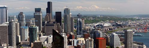 Seattle - Panoramic View of downtown, Mt. Rainier Stock Photo