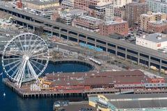 Seattle pariserhjul fr?n luften arkivbild