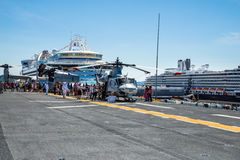 Free Seattle Seafair Tourist On The USS Boxer Royalty Free Stock Images - 85933039