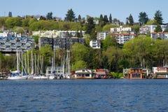 Seattle Shoreline med husbåtar Arkivbild
