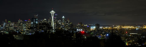 Free Seattle Skyline At Night Stock Images - 74693214