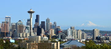 Seattle Skyline and Mount Rainier view from Kerry Park Stock Photography
