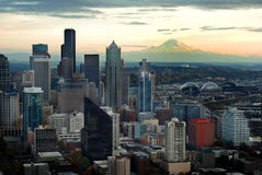 Seattle Skyline with Mount Ranier Royalty Free Stock Images