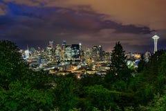 Seattle-Skyline nachts Lizenzfreies Stockbild