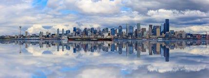 Seattle-Skyline-Panorama Lizenzfreie Stockfotos