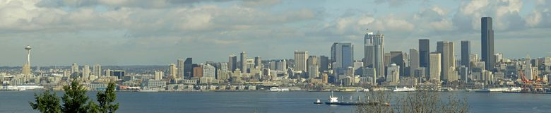 Seattle-Skyline-Panorama Lizenzfreies Stockfoto