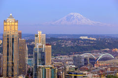 Seattle skyline panorama at sunset royalty free stock photos