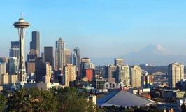 Seattle skyline panorama at sunset & Mt. Rainier. Stock Photography