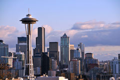 Seattle-Skyline (Raum-Nadel) Stockbild