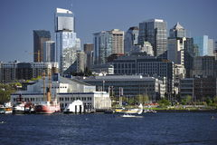 Seattle-Skyline vom See-Verband, USA Lizenzfreies Stockbild