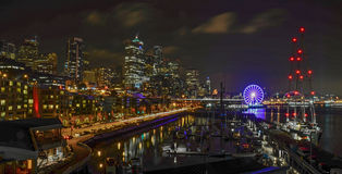 Seattle skyline waterfront at night Stock Photography