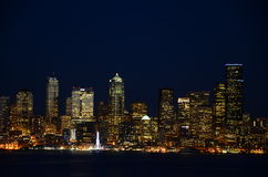 Seattle skylines at night - the view from Alki Beach Royalty Free Stock Photos