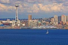 Seattle und Yacht stockfotografie