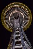 Seattle utrymmevisare på natten, Seattle, Washington Royaltyfria Bilder