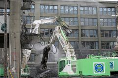 Seattle Viaduct demolition Jaws will chomp. Demolition crews removing Seattle`s Viaduct in the Pioneer square neighborhood. March 27 2019 stock image