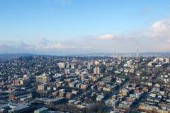 SEATTLE, WASHINGTON, Etats-Unis - 23 janvier 2017 : horizon de Seattle du centre, vue du haut de l'aiguille de l'espace pendant l photographie stock