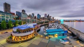 Seattle, Washington, pilier des Etats-Unis et horizon banque de vidéos