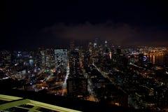 SEATTLE, WASHINGTON, U.S.A. - 23 gennaio 2017: orizzonte di Seattle del centro, vista dalla cima dell'ago dello spazio durante la Fotografie Stock Libere da Diritti