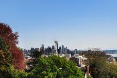 SEATTLE WASHINGTON, WA, USA: En panoramautsikt av utrymmevisaren i Seattle Arkivfoto