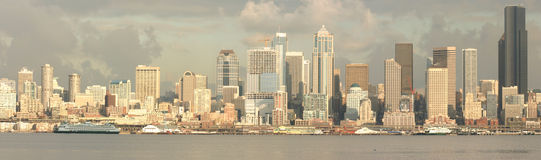 Seattle waterfront. A panoramic shot of the seattle waterfront and business district Stock Photography