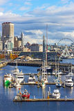 Seattle waterfront with aquarium, Ferris, restaurants Royalty Free Stock Photography