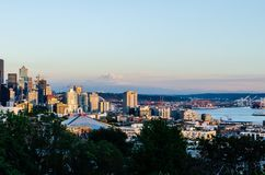 Seattle waterfront skyline & Mount Rainier royalty free stock photography