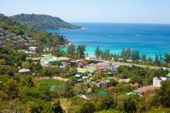 Seaview d'en haut, côte tropicale avec des hôtels Photo libre de droits