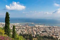 Seaview da montanha cityscape haifa Foto de Stock Royalty Free
