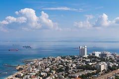Seaview dalla montagna cityscape haifa Fotografia Stock Libera da Diritti