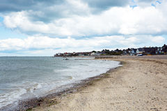 Seaview strandö av wighten som nära förbiser Solenten till Ryde Arkivbilder