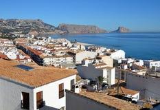 Seaview von altem Altea auf dem Mittelmeer stockbild