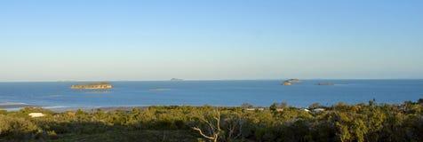 Seaviews in Zilzie, via het Park van de Emoe in Queensland, Australië Stock Foto