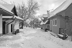 Sebechleby - le règlement de vieilles maisons de cave de vigne de Slovaquie moyenne Stara Hora en hiver Image libre de droits