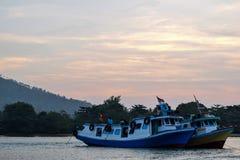 sebesi海岸的一个美丽的浪漫城市  楠榜省,印度尼西亚,亚洲 在城市中间站立Bakauheni口岸 免版税库存图片