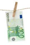 Secado de cientos euros fotos de archivo
